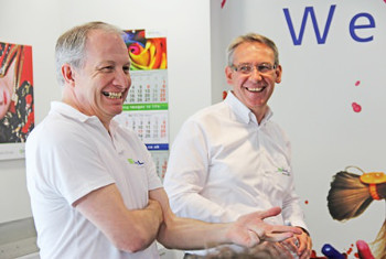 Ian Turnbull, Operations Director of Sihl Direct UK and Heiner Kayser, Managing Director of Sihl